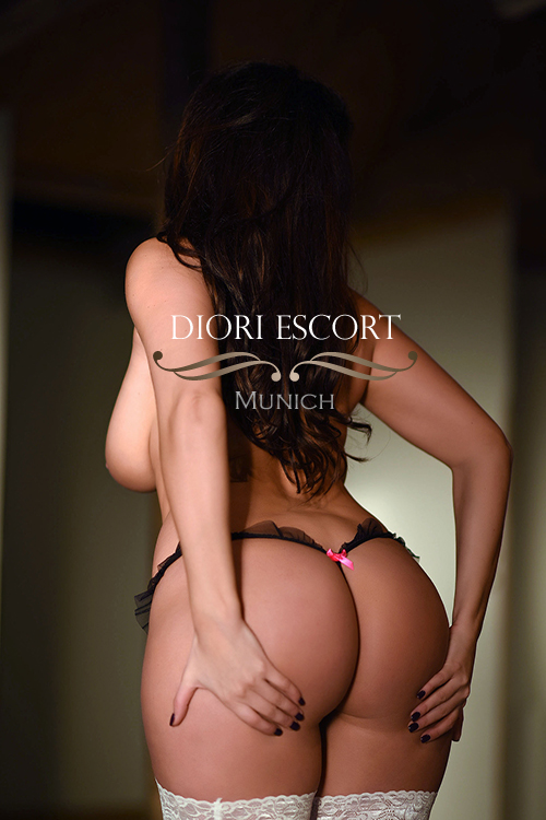 mature escorts in Munich Germany age over 40