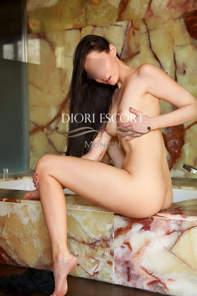 Munich young escorts